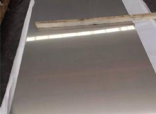 201不锈钢拉丝板